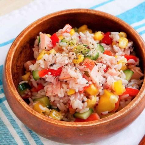 カラフルライスサラダ
