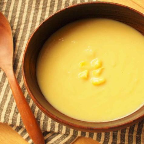 さつまいもとコーンのスープ