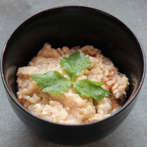 絹ごし豆腐と山芋の雑炊