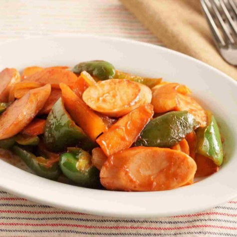 魚肉ソーセージと野菜のケチャップ炒め