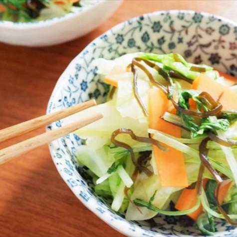野菜の塩昆布炒め