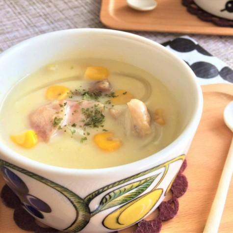チキンのコーンクリームスープ