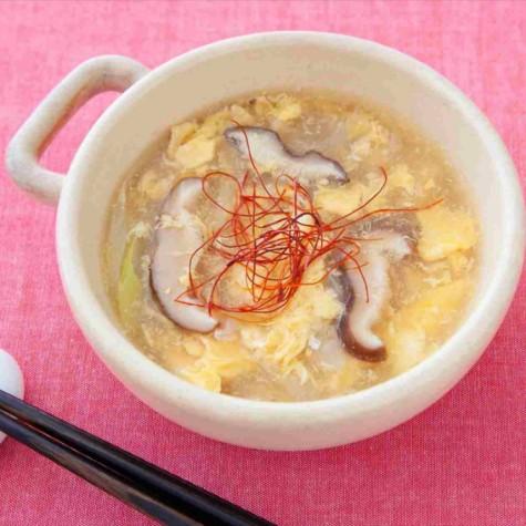 しいたけと卵のふわとろスープ