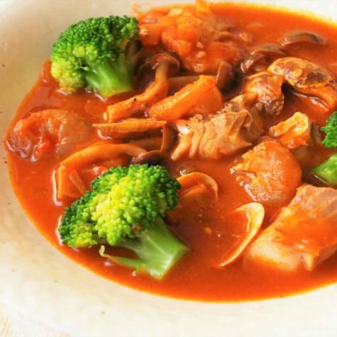 野菜たっぷりブイヤベース風スープ