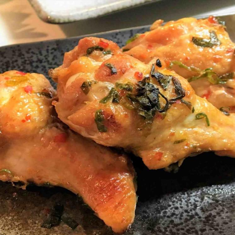 鶏手羽元の香味焼き