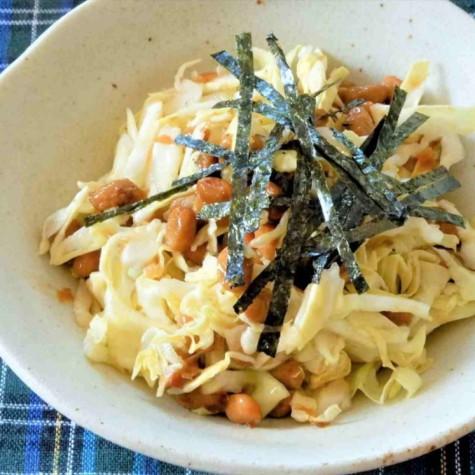 納豆とキャベツのサラダ
