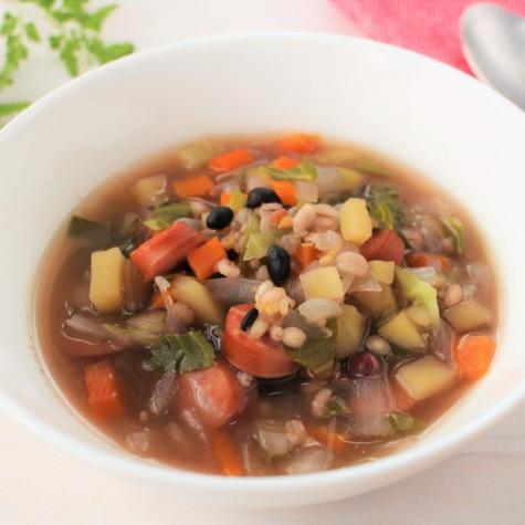 野菜たっぷり雑穀スープ