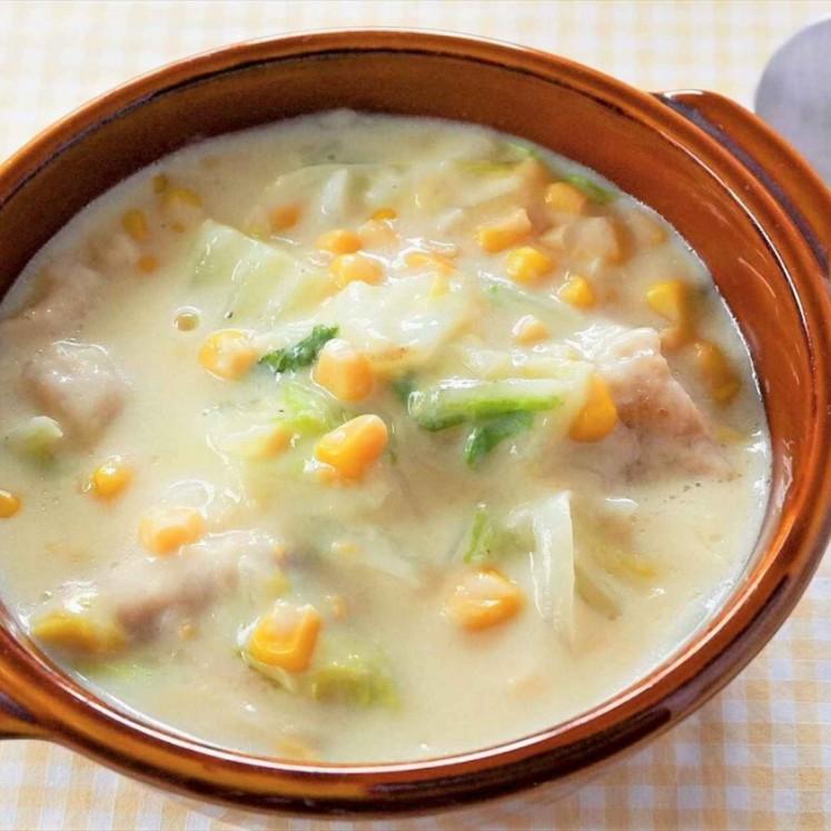 鶏肉と白菜のコーンクリーム煮