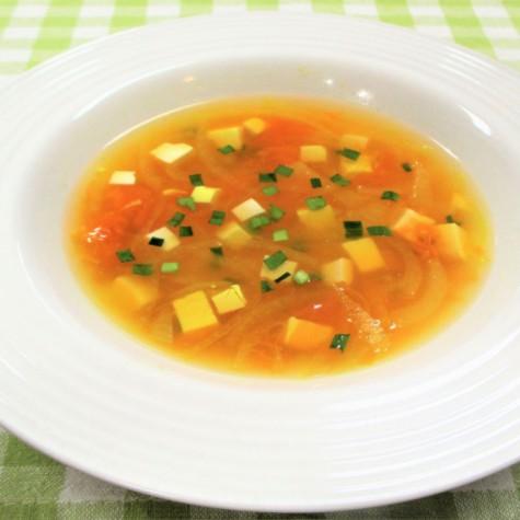 トマトのカレースープ